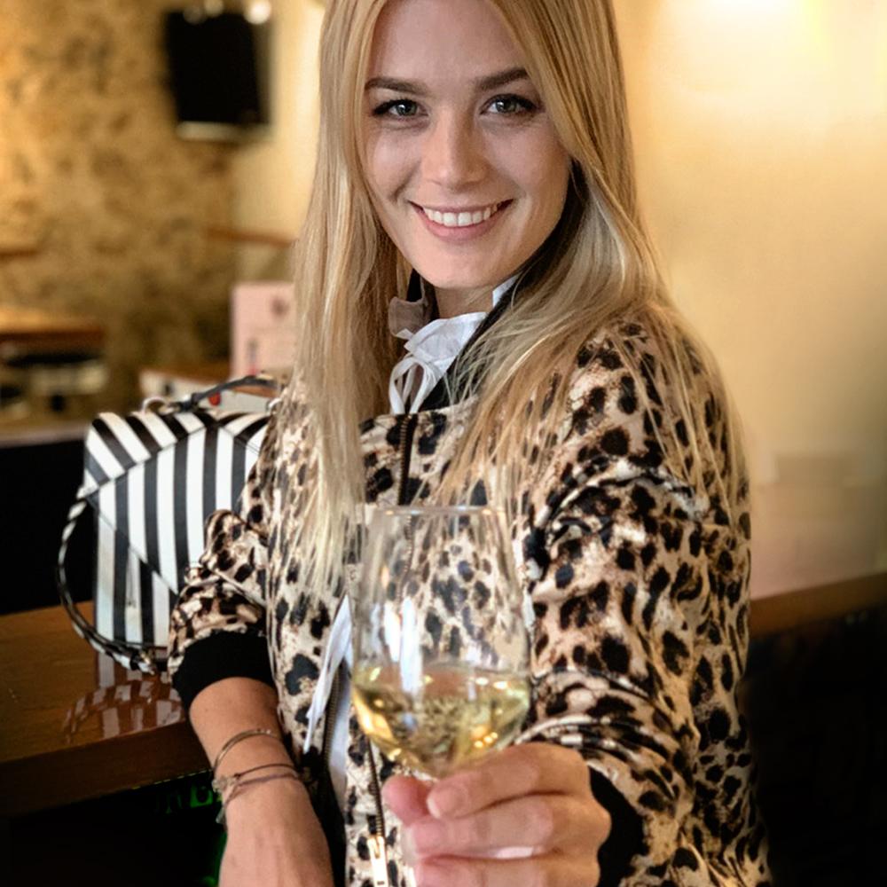 Dominique Rinderknecht wird Stargast-Barkeeperin